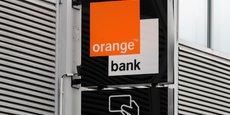 Orange Bank annonce la vente de 2.000 cartes Premium par semaine dans les boutiques Orange et l'ouverture de 7.000 comptes par mois en Espagne.