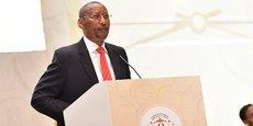 Le gouverneur de la Banque centrale du Rwanda, John Rwangombwa, a indiqué que le nouveau capital minimum libéré des banques commerciales a été fixé à 20 milliards de francs rwandais, contre 5 milliards de francs rwandais jusque-là.