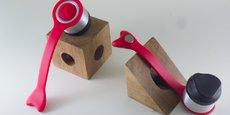ActivMotion a créé et fait breveter un produit utilisant le pavillon de l'oreille à la manière d'une membre de haut-parleur, libérant ainsi le conduit auditif.