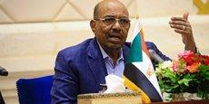 Le président El-Béchir souffle le chaud et le froid afin de contenir un mouvement que certains observateurs considèrent comme le plus risqué de son long règne.