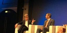 Le directeur général de Swift, Gottfried Leibbrandt face à Brad Garlinghouse, celui de Ripple, ce mercredi 30 janvier lors du Paris Fintech Forum.