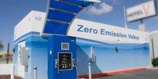 Lancé officiellement fin 2019, le projet  Zéro Emission Valley, qui regroupe un large écosystème d'acteurs auralpins, s'est fixé l'objectif de devenir une région leader de la mobilité hydrogène en Europe, en accélérant le déploiement des véhicules à pile à combustible et des stations à hydrogène.