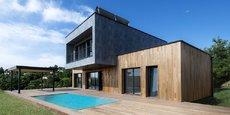 L'une des maisons fabriquées par Tradition Bois en matériaux bio sourcés, à Sentenac (Ariège).