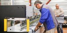 Le groupe gardois CSW fabrique des stores et des fermetures pour le bâtiment sur cinq sites de production en France.
