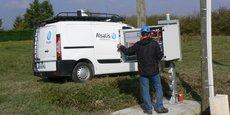 Alsatis développe actuellement des solutions par ondes radio pour fournir du très haut débit dans les zones blanches et grises en France.