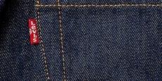 La fameuse étiquette rouge avec la marque Levi's a été introduite en 1936 pour différencier le pionnier du jeans de ses concurrents.