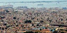D'après le recensement de 2014, la population de l'Angola est estimée à  25 789 000 d'habitants.