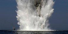 Explosion d'une mine sous-marine