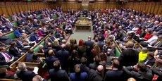 Les députés de la Chambre des communes ont rejeté, vendredi 29 mars, l'accord de sortie du Royaume-Uni de l'Union européenne par 344 voix contre 286.