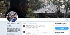 Le tout nouveau compte Twitter de l'ex-PDG de Renault-Nissan, ouvert ce mois d'avril, n'affiche que 2 tweets - en fait, c'est le même en anglais et en japonais. L'ancien magnat de l'automobile a choisi comme photo d'en-tête du compte, un autre portrait de lui-même (en complément de sa photo de présentation en médaillon sans cravate), où il se présente de trois-quart arrière, contemplant un paysage du Japon traditionnel par temps pluvieux.