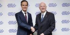 André Renaudin, le directeur général d'AG2R La Mondiale, (à droite, avec Nicolas Gomart, le directeur général de la Matmut, à gauche) a été mandaté pour mettre en oeuvre les décisions prises.