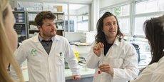 Maxime Feyeux et Kévin Alessandri, cofondateurs de Treefrog Therapeutics