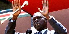 Né le 2 septembre 1924, Daniel Arap Moi a été président de la République du Kenya du 22 août 1978 au 30 décembre 2002, succédant à Jomo Kenyatta. (Photo datant de 1995).