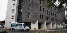 L'interruption des traitements, couplée à la mise en œuvre d'une « sédation profonde et continue », avait débuté lundi matin au centre hospitalier de Reims.
