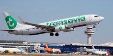 Sur sa base principale d'Orly, Transavia va reprendre la plupart des lignes assurées jusqu'ici par HOP, laquelle va arrêter la totalité de ses vols sur l'aéroport du sud de Paris pour se concentrer (pour la desserte de Paris) sur l'alimentation du hub de Roissy Charles-de-Gaulle (CDG).