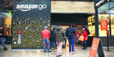 En janvier 2018, Amazon a ouvert au public, au pied de son QG de Seattle, sa première supérette entièrement automatisée.