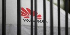 Washington pense que Pékin pourrait se servir de Huawei à des fins d'espionnage, des soupçons contestés à de nombreuses reprises par l'équipement chinois, leader mondial du secteur.