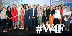 Les partipant(e)s, lauréates, partenaires et organisateurs de Women for Future 2019, sur la scène du Domaine de Verchant