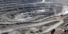 La mine de Bayan Obo est le site qui abrite le plus important gisement de terres rares au monde. Elle est située près de Baotou, en Mongolie-Intérieure (Chine).
