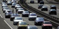 Les voitures connectées doivent notamment permettre de diminuer les bouchons et les accidents de la route.
