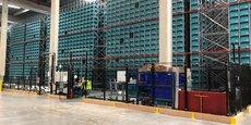 L'installation de Exotec dans l'entrepôt Cdiscount de Réau s'étend sur près de dix mètres de hauteurs, dans lesquelles circulent 44 robots Skypods.