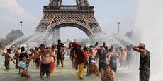 Pourtant, techniquement, politiquement, financièrement, on sait ce qu'il faut faire. Ce qui manque c'est seulement la volonté politique, dénonce Cécile Duflot, à la tête d'Oxfam France.