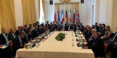 La réunion d'urgence dimanche à Vienne des pays signataires du plan d'action conjointe sur le programme nucléaire de l'Iran a été constructive mais Téhéran va continuer à réduire ses engagements en ce domaine si les Européens ne parviennent pas à sauver cet accord dont se sont retirés les Etats-Unis.