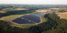 La centrale solaire thermique du Domane d'Essendiéras, en Dordogne, s'étend sur 18 hectares et représente 13 M€.