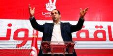 TUNISIE: LE PREMIER MINISTRE DÉLÈGUE DES POUVOIRS POUR FAIRE CAMPAGNE