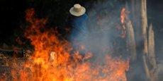 FEUX EN AMAZONIE: BOLSONARO DÉNONCE DES INTERFÉRENCES ÉTRANGÈRES