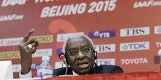 l'ancien président de l'IAAF Lamine Diack et son fils, l'homme d'affaires et consultant Papa Massata Diack (que le Sénégal refuse actuellement d'extrader), seront bien jugés en France pour corruption et blanchiment en bande organisée.