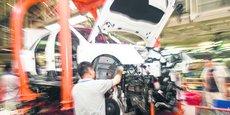 Depuis le scandale des moteurs truqués, l'automobile allemande traverse une crise identitaire : le monde ne veut plus de moteurs toujours plus gros et l'électrification s'est imposée.