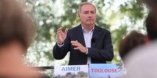 Candidat aux élections municipales à Toulouse, le maire sortant Jean-Luc Moudenc veut augmenter la capacité de la ligne B du métro.