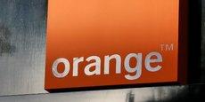 Orange a été mis en demeure à plusieurs reprises par l'Arcep depuis octobre 2018 notamment pour avoir failli à ses obligations de service universel sur le téléphone fixe, pour n'avoir pas respecté une qualité de service sur les offres de gros à destination des entreprises ou encore respecté ses engagements sur le déploiement de la fibre.
