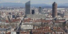 Le taux d'incidence dans le Rhône, et notamment à Lyon, approche la barre des 400, à 383 pour 100.000 habitants, selon Santé Publique France.