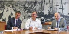 Henri Lourde Rocheblave, directeur régional de l'Urssaf Aquitaine, Christian Baulme, président de la Ronde des quartiers, et Jean-Paul Pagola, président du conseil d'administration de l'Urssaf Aquitaine.