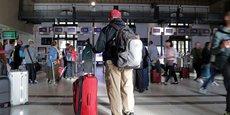 Le grand week-end de départs avant Noël est marqué par de fortes perturbations à la SNCF en raison de la poursuite du conflit sur les retraites.