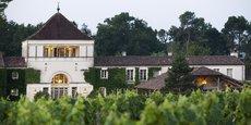 A Martillac, en Gironde, Les Sources de Caudalie proposent un palace, un restaurant étoilé et un spa. Le tout au milieu des vignes.