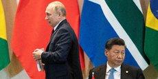 Vladimir Poutine (à gauche) et Xi Jinping (à droite).
