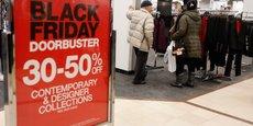 Soutenir les petits commerces français signifie se battre pour un consommer mieux qui va de pair avec le consommer moins, estiment unanimement les opposants au Black Friday.