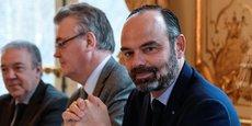 Le Premier ministre Edouard Philippe et Jean-Paul Delevoye, Haut Commissaire des Retraites recevant les organisations syndicales à Matignon le 26 novembre.