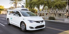 Une Waymo produite par Alphabet, la maison mère de Google. En pointe sur la voiture autonome, la firme a récemment réduit ses ambitions.