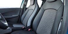 Au total, une surface de 8 m2 de l'intérieur du véhicule est couverte de tissus en fibres recyclées.