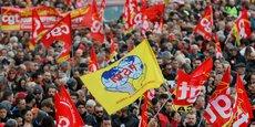 Plus de 800.000 manifestants sont descendus dans la rue jeudi 5 décembre, selon le chiffres du ministère de l'Intérieur. Une deuxième grande journée de grèves et manifestations est prévue mardi 10 décembre.