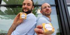 Les deux cofondateurs, Franck Paillaret et Frédéric Mie, ont fait le choix de proposer des savons bio et biodégradables, liquides et solides, avec plusieurs gammes de savons dont un produit à l'huile de noix et au miel.