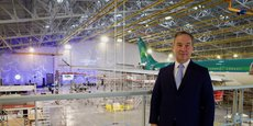 Philippe Rochet, président exécutif de Sabena Technics, lors de l'inauguration du 6ème hangar sur le site de Bordeaux-Mérignac, avec un premier avion en maintenance.