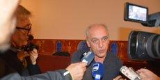 Philippe Poutou lors de l'annonce de sa candidature avec la liste Bordeaux en luttes, au cinéma Utopia à Bordeaux.