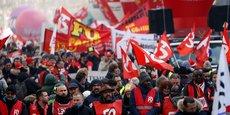 Entre 249.000 (ministère de l'Intérieur) et 1,3 million de personnes (CGT) ont manifesté partout en France vendredi 24 janvier (ici en photo) contre la réforme des retraites.