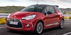 Lancée en 2010, la DS3 abandonnera les chevrons de Citroën en 2015 après la création de DS. Elle va représenter jusqu'à 75% des ventes de la marque premium française.