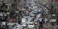 Environ 300 Égyptiens avaient été évacués en février de Wuhan, ville chinoise épicentre de l'épidémie, et avaient été placés en quarantaine pour 14 jours. (Photo du Caire, prise le 11  février 2020. La capitale de l'Egypte compte près de 16 millions d'habitants.)